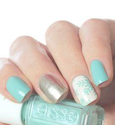 Mix & match snowflake nail art #winternails