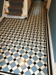 Victorian mosaic Tiles Hallway www.hicompany.co.uk Victorian Hallway Tiles, Victorian Flooring, Victorian Mosaic Tile, Tiled Hallway, Hall Tiles, Hallway Colours, Hall Flooring, Stair Landing, Interior Garden