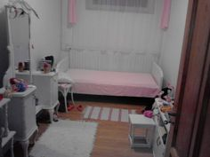 Már majdnem kész a gyerekszoba Toddler Bed, Furniture, Home Decor, Homemade Home Decor, Home Furnishings, Decoration Home, Arredamento, Interior Decorating