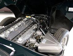For sale - Lux Classics - 1969 Jaguar E-Type Series 2 Roadster British Racing…