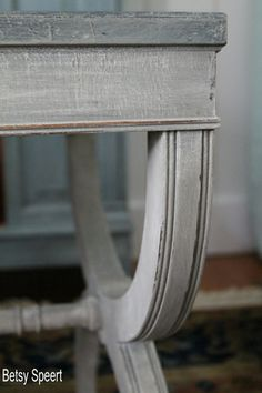 Betsy Speert's Blog: Faux Stone Painted Table.  Body is French Linen followed by dry brushed Old White and then light waxed and gently distressed.