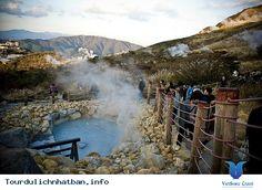 Du lịch Nhật Bản- Thung lũng Owakudani là một thắng cảnh nổi tiếng của Nhật Bản được hình thành từ lần phun trào cuối cùng của núi lửa Hakone cách đây 3.000 năm với các suối nước nóng nhiều khoáng chất bao quanh. Từ thành phố Tokyo, du khách chỉ cần đi xe bus hết 170 km là đến với thung lũng... Xem thêm: http://tourdulichnhatban.info/thung-lung-owakudani-o-nhat-ban-pn.html