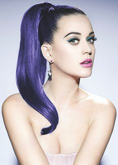 Today we are sharing Katy Perry Jake Bailey Topless Photoshoot. But you won't be able to see her breast unfortunately