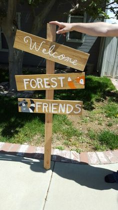 Woodland critter baby shower welcome sign. Hand painted