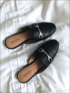 loafers for women Loafer Mules, Sock Shoes, Shoe Boots, Shoes Heels, Cute Shoes Flats, Mules Shoes Flat, Ankle Boots, Mule Sandals, Outfits