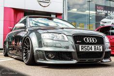 Ordentlich abhängen: Bei diesem Audi RS4 ist tief Luft holen angesagt!  http://www.autotuning.de/ein-audi-rs4-auf-luft/ Airride, Audi RS4, Audi RS4 Tuning, Audi Tuning News, RollHard, Rotiform, RS4, RS4 Airride