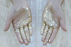 if i get to touch you that's how my hands would look like cause you're made of stardust baby