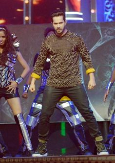 Varun Dhawan performing on stage at the #StarScreenAwards. #Bollywood #Fashion #Style #Handsome