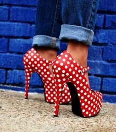 Red polka dot heels I love me some polka dots! Platform Stilettos, Stiletto Heels, High Heels, Red Heels, Red Pumps, Glitter Heels, Red Stilettos, Yellow Heels, Leopard Heels