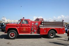 Old Fire engine truck Fire Dept, Fire Department, Ambulance, Chevy Truck Models, Classic Chevy Trucks, Classic Cars, Fire Equipment, Rescue Vehicles, Heavy Machinery
