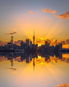 Auckland City, North Island, New Zealand. Visit New Zealand, New Zealand Travel, Scenic Photography, Nature Photography, Photography Tips, Monuments, Nz Art, Auckland New Zealand, Destinations