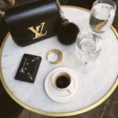Rise and Grind. Happy Monday! Looks like my kind of spread. Repost @rumineely. #louis #coffee #chiccoffeedate #talkaboutglam #coffeetime #coffeecoffeecoffee #riseandshine #getit #monday