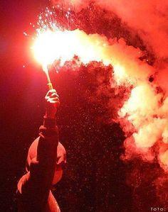 #ultras#hooligans#ultrasstyle#hooliganslifestyle#pyro#nopyronoparty#pyroisnotacrime#smrtspartě