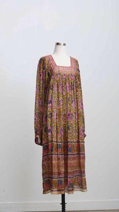 628 — Vintage Designer Floral Silk Indian Dress