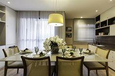 Resultado de imagem para sala de estar Decor, Furniture, Table, Home, Conference Room Table, Home Decor, Room