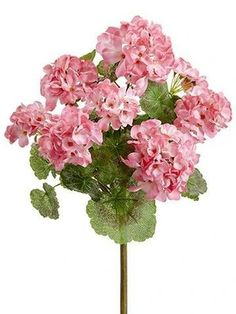 UV Protected Indoor/Outdoor Geranium Bush in Pink Artificial Flowers And Plants, Artificial Flower Arrangements, Fake Flowers, Silk Flowers, Dried Flowers, Fake Plants, Outdoor Flowers, Outdoor Plants, Indoor Outdoor