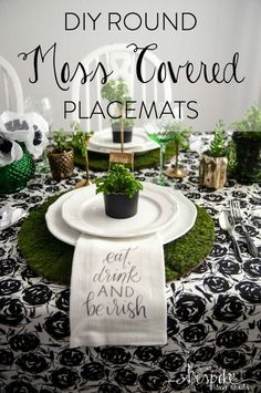 These fabulous DIY Moss Placemats are just one of the many projects from our Classy Saint Patrick's Day Party! They come together in a snap and have such a great feel to them! Patrick's Day Decorations to Upgrade Your Bash Diy St Patricks Day Decor, St Patricks Day Food, Saint Patricks, St. Patrick's Day Diy, St Patrick's Day Decorations, Festival Decorations, Paint Dipping, St Paddys Day, Luck Of The Irish