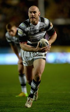 Gareth Ellis Photos Photos - Gareth Ellis of Hull FC in action during the First Utility Super League match between Hull FC and Leeds Rhinos at KC Stadium on March 2015 in Hull, England. - Hull FC v Leeds Rhinos Leeds Rhinos, Hull England, Semi Final, March, Action, Photos, Group Action, Pictures, Mac