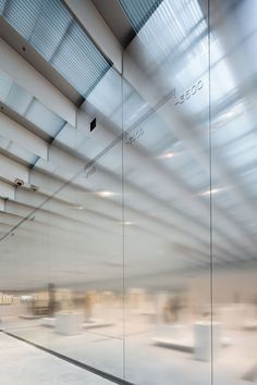 Mosbach Paysagistes, Luc Boegly, Kazuyo Sejima + Ryue Nishizawa / SANAA, Studio Adrien Gardère, Julien Lanoo, Hufton + Crow · Musée du Louvre-Lens. France · Divisare