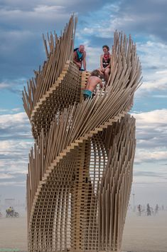 Gallery of Building Burning Man: The Unique Architectural Challenges of Setting Up a City in the Desert - 3
