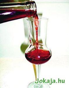 Vörösbor likőr Wine Decanter, Red Wine, Smoothie, Barware, Alcoholic Drinks, Recipies, Homemade, Glass, Liqueurs
