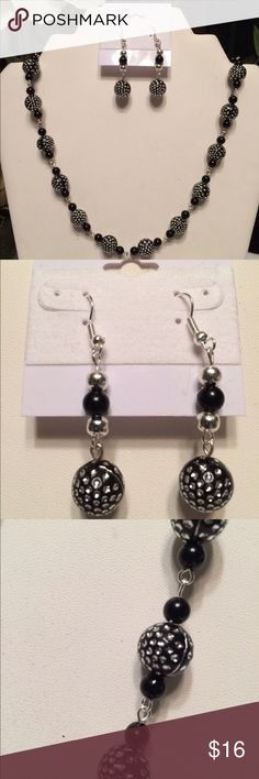 Necklace and earring set Sterling Silver Plated, Black and Silver beads Necklace and Earring Set Jewelry