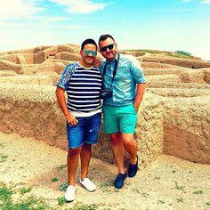 De turistas en las Ruinas de Paquimé Nuevo Casas Grandes Chihuahua México! #MeméLove #Chihuahua #getaway #Gay #gaycouple #Mexico #MensFashion #NuevoCasasGrandes #folowme #menwithstyle #folowback #paquime #folow4folow #paquimé #ModaParaHombres #ruinas #AmorDePareja #minivacation #turistas #chihuhuamexico #casasgrandes por ilovelosmemes en Instagram http://ift.tt/1JKSGPa #navitips