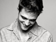 I'll never see Robert Pattinson and not think of #Twilight!