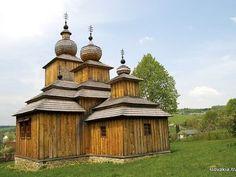 Dobroslava - Kostol sv. Paraskievy - Drevené kostoly - Slovakia.travel
