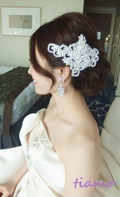 お洒落で可愛い花嫁さまの素敵な一日♡ |大人可愛いブライダルヘアメイク『tiamo』の結婚カタログ