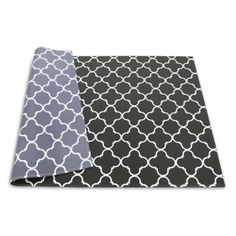 The BABYCARE Baby Reversible Playmat offers a soft, cushioned space on the floor for your little one. This hygienic mat is easy to clean, making it ideal for snacks or diaper changes. Easily folds and completely portable for the modern family on the go.