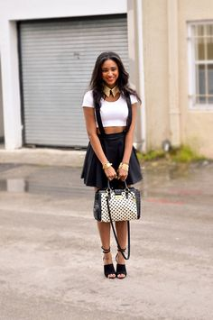 Spring Urban Fashion Outfits for women - i'm not sure if i could pull this off, but its so cute!