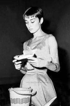 Audrey at Salvatore Ferragamo's shoe boutique , Florence,1954