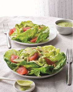 Bibb Lettuce with Grapefruit, Avocado, and Creamy Avocado Dressing. This refreshing salad recipe is health, vegan and delicious.