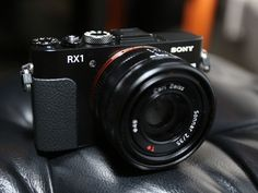 Sony RX1 claims title to smallest full-frame camera
