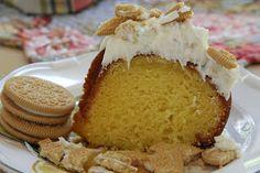 Mix and Match Mama: Bundt Cake #98: Lemon Cookie Crunch