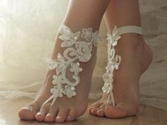 ivory Beach wedding barefoot sandals   beach wedding barefoot sandals ___ ivory lace sandals  In them you need to pay attention and you'll feel the queen of the beach!Beach weddings are a great access