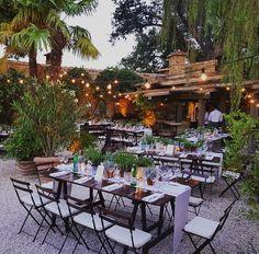 """Mi piace"": 256, commenti: 5 - Weddings Italy (@weddings_italy) su Instagram: ""Waiting for guests...✨ #welcomedinner #tuscany #wedding #destinationwedding #dinnerdecor…"""