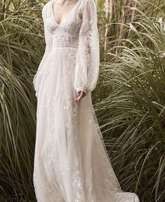 Vintage Wedding Dresses - Most brides dream about beautiful and original wedding dress. Bohemian wedding dress will be an ideal variant for you. Find your favorite and pin it! Bohemian Wedding Dresses, Designer Wedding Dresses, Ethereal Wedding Dress, Bohemian Weddings, Bohemian Gown, Bohemian White Dress, Unique Wedding Dress, Wedding Dress Black, Bohemian Bride