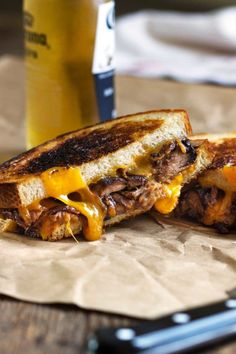 Pulled Pork Grilled Cheese Sandwiches. www.keviniscooking.com