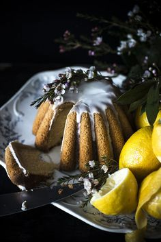 gluten-free, vegan (and beautiful!) lemon cake