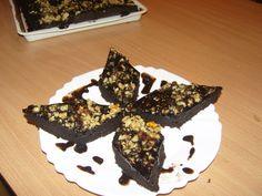 Brownie - Sütemény receptek Muffin, Breakfast, Food, Candy, Morning Coffee, Essen, Muffins, Meals, Cupcakes