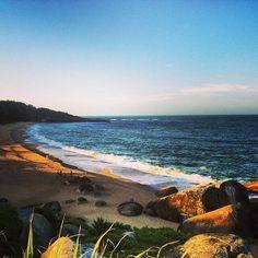 Praia de Taquarinhas, área de preservação ambiental, em Balneário Camboriú, SC.