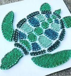Um... Yes, please! Turtle order complete #hookedbywhitney #stringart #turtle