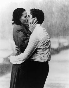 Casablanca, il più romantico di sempre. Humphrey Bogart bacia Ingrid Bergman. 1942