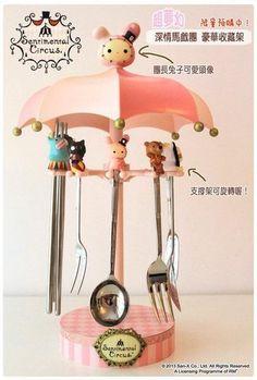 Sentimental Circus silverware lazy-susan Kawaii Accessories, Cute Kitchen, Decoden, Kawaii Cute, Bedroom Themes, Bento Box, Sanrio, Plushies, Nifty