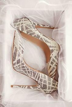 Escarpins ou ballerines, 10 chaussures Jimmy Choo pour se marier