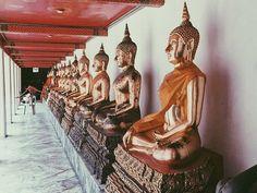In the big city  Into the wild  #thailand #wild #mood #sea #beach #landscape #krabi #intothewild #onthetoad #backpack #backpackers #travel #trip #travel #thailand #adventure #viaggio #thailandia #avventura #natura #selvaggia #travelblogger #nomadedigitale #digitalnomad #savage #temple #buddha #meditation #meditazione Thailand Travel, Thailand Adventure, Krabi, Digital Nomad, The 4, Savage, Buddha Meditation, Beach Landscape, Travel Trip