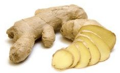 The Health Benefits of Ginger - Healthy Mixer Health Benefits Of Ginger, Juicing Benefits, Natural Cures, Natural Health, Zinc Rich Foods, Winter Detox, Berry, Ginger Plant, Detox Recipes