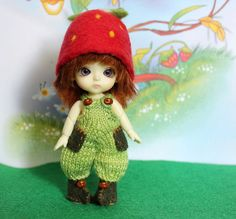 Felted hat for Lati White, Pukipuki and dolls similar format by Valyashki on Etsy